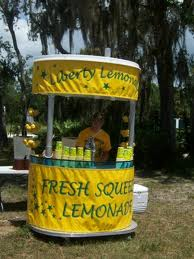 lemonade stand homemade